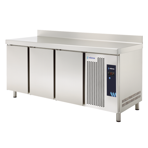 Counter fridges 600