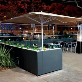 Macetero medio con cristal para terrazas